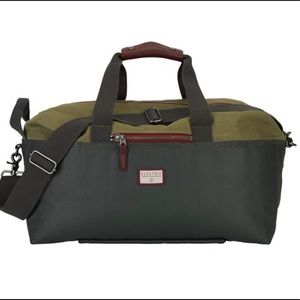 Electric Duffel Bag with Skate Sleeve